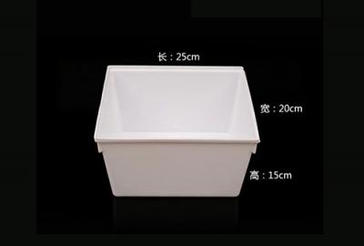 纯白色食品盒